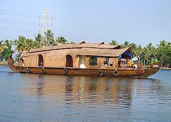 dazzling-houseboat4