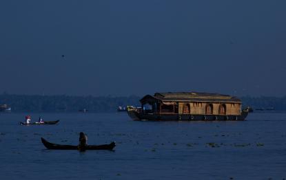 Kerala Backwaters | Kerala Backwaters Tour | Kerala Backwaters Houseboat